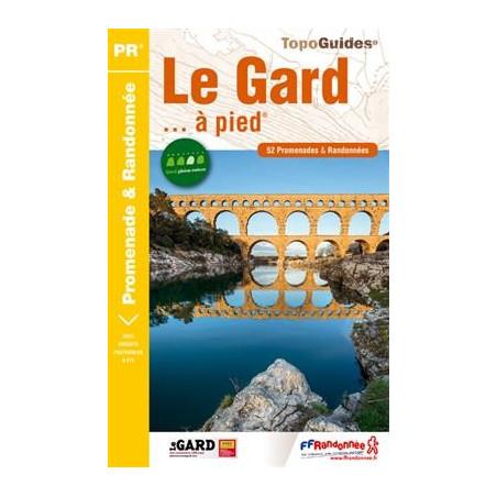 Achat Topo guide randonnées - Le Gard... à pied - FFRP D030